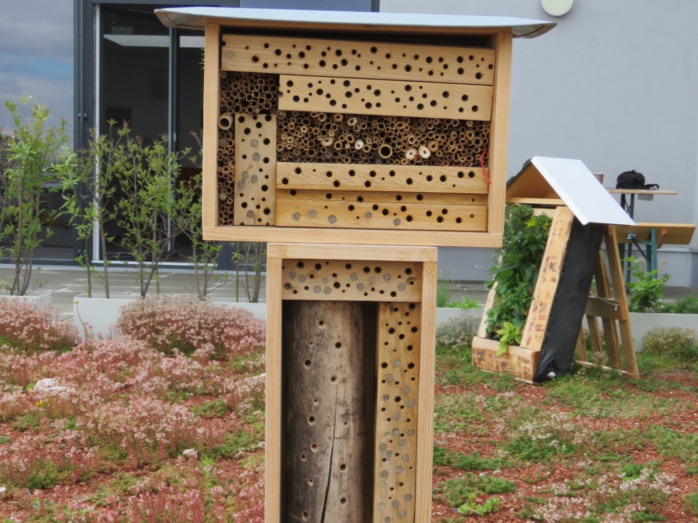 Wildbienenhaus