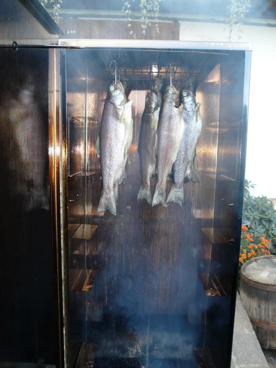 Fische räuchern
