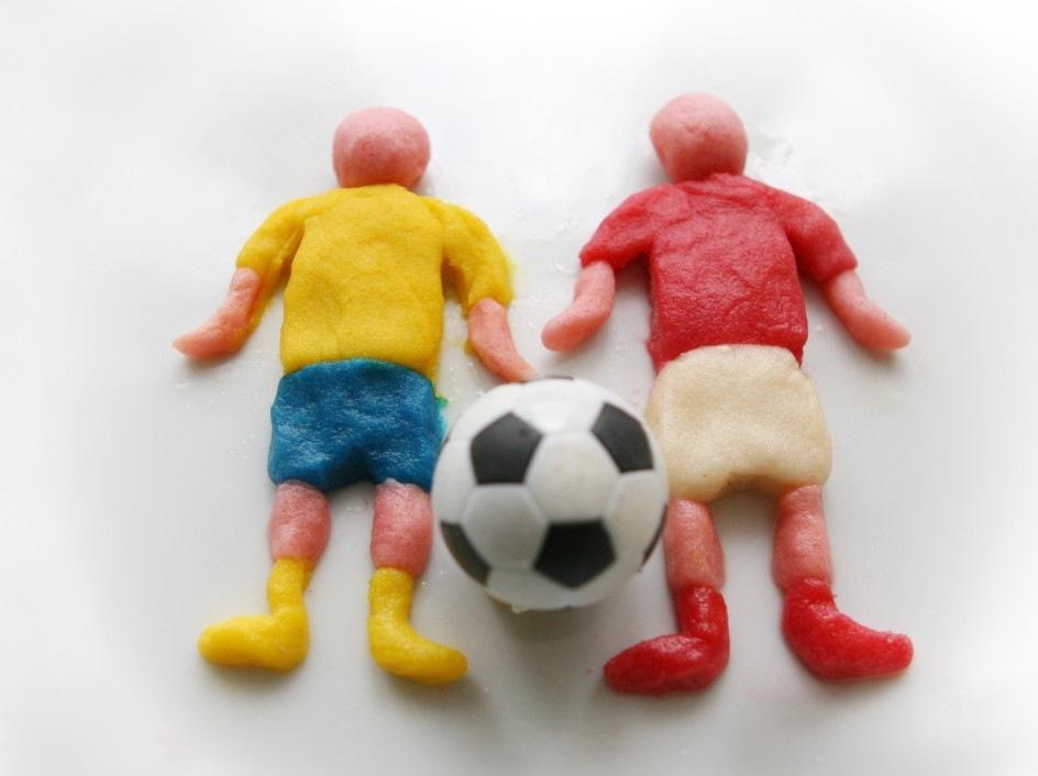 Fussballspieler aus Salzteig