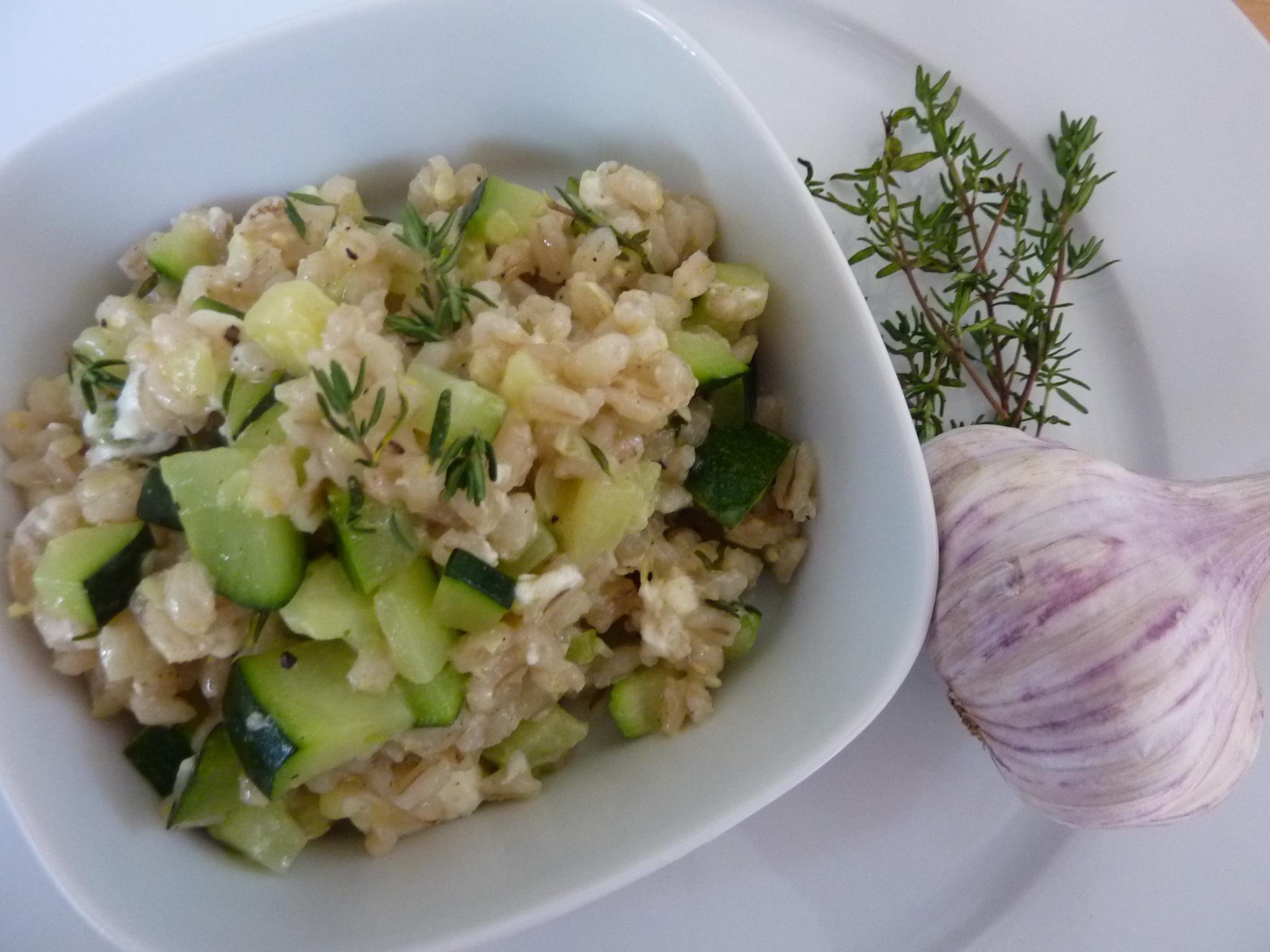 Rollgerstlrisotto mit Zucchini