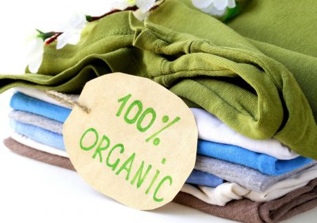 Organic_shirts_QUELLE-dream79_Fotolia-com
